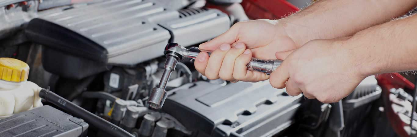 Auto repair services in Anamosa, IA